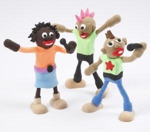 Beipiel: Holzfiguren Boygroup mit Knete geformt